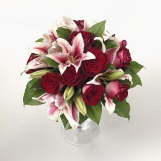 23. Variegated Rose and Lily Bouquet