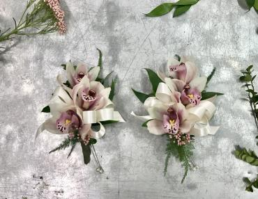 Cymbidium Pin-on Corsages