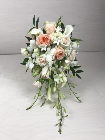 Soft Peach Teardrop Bridal Bouquet