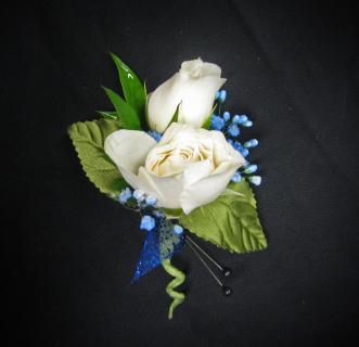T: White and Blue Boutonniere